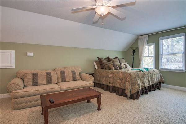 Mansions Perfect home in GROVETOWN