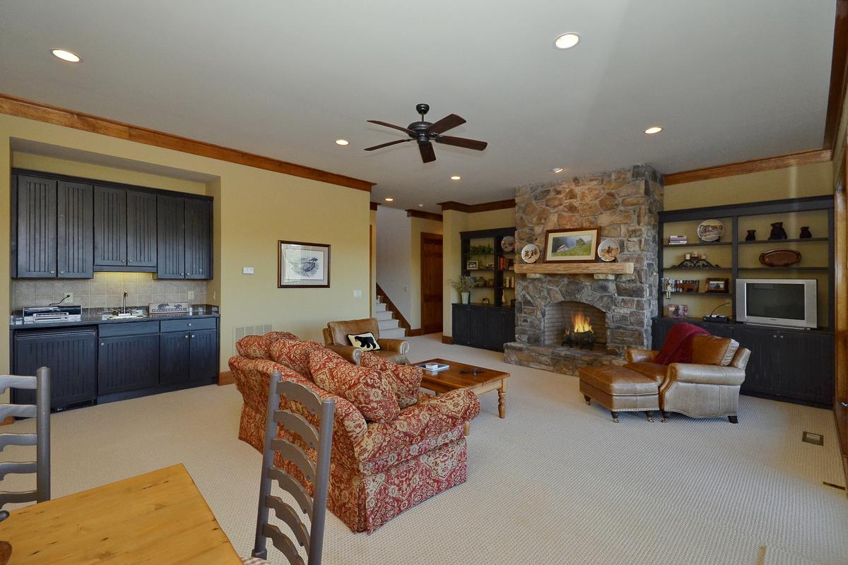 Mansions in very desirable gated community of Cedar Hill