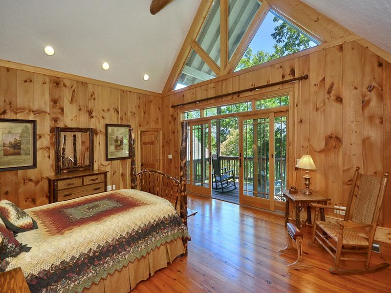 Luxury properties Captivating Mountain and Lake Views