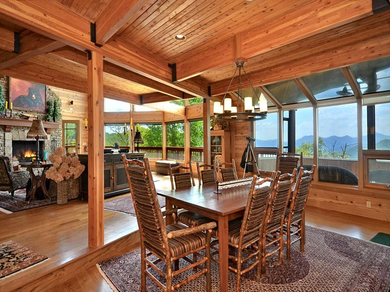 Long Range Mountain Views and Fine Living luxury properties