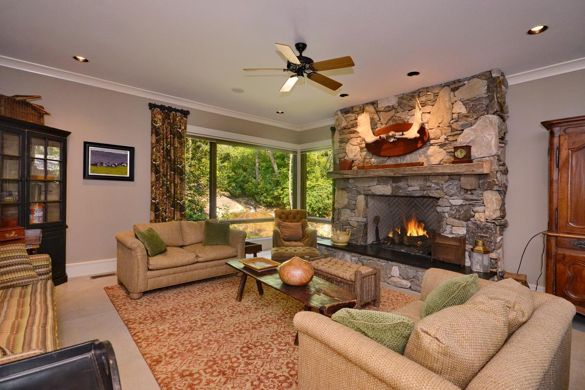 Luxury properties  remarkable estate
