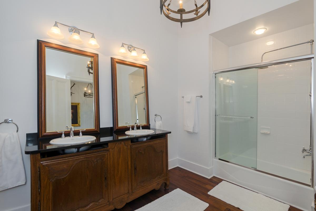 Elegant Mountaintop Estate luxury properties