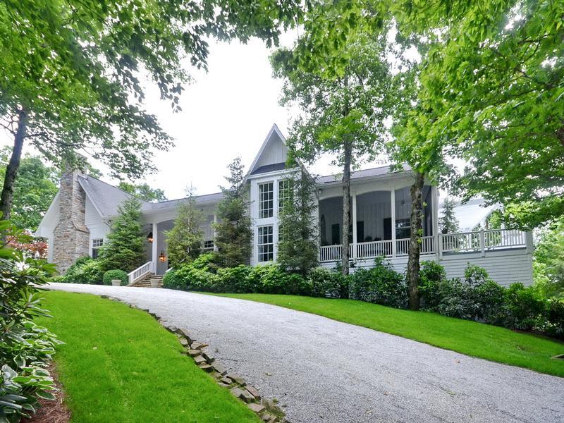 Luxury properties Elegant Mountaintop Estate