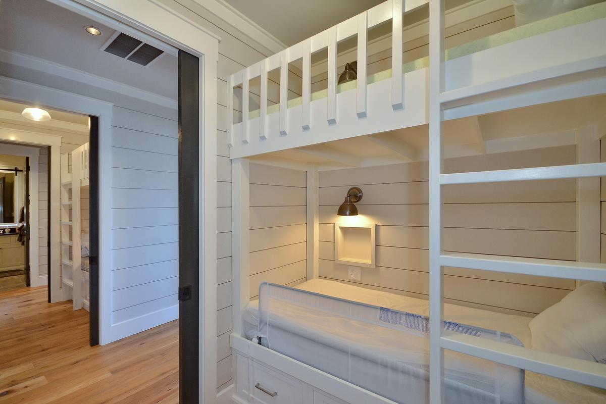 Stunning Cedar Hill Luxury Home mansions