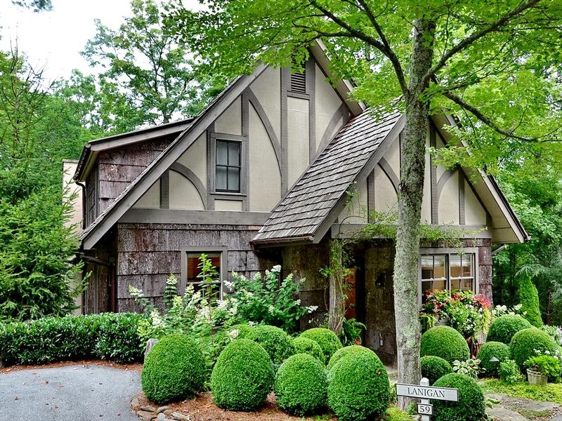 STORYBOOK COTTAGE WITH MOUNTAIN VIEWS | North Carolina