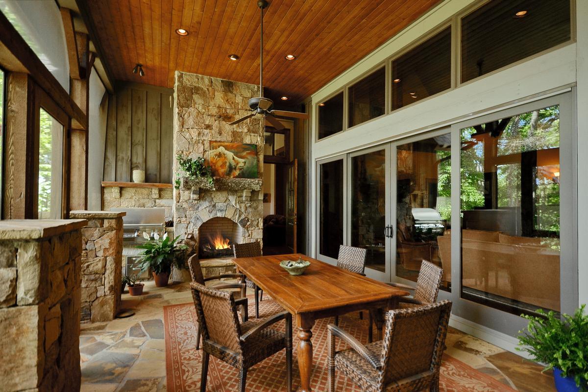 Refined Luxury Estate luxury properties
