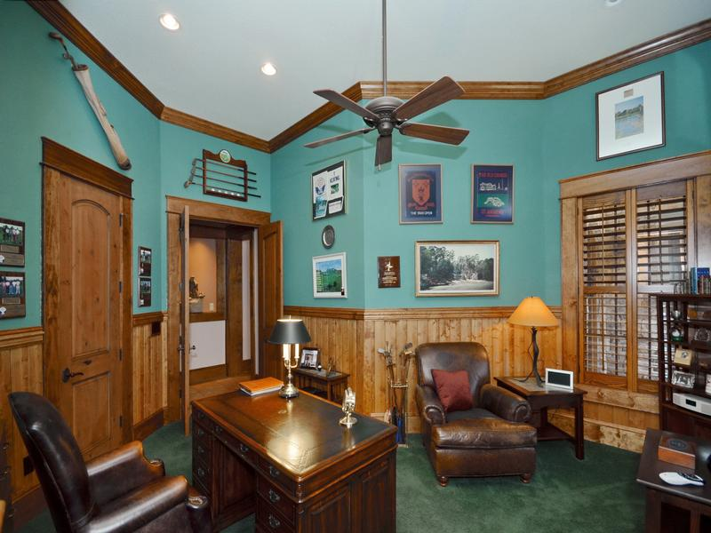 Refined Luxury Estate luxury homes