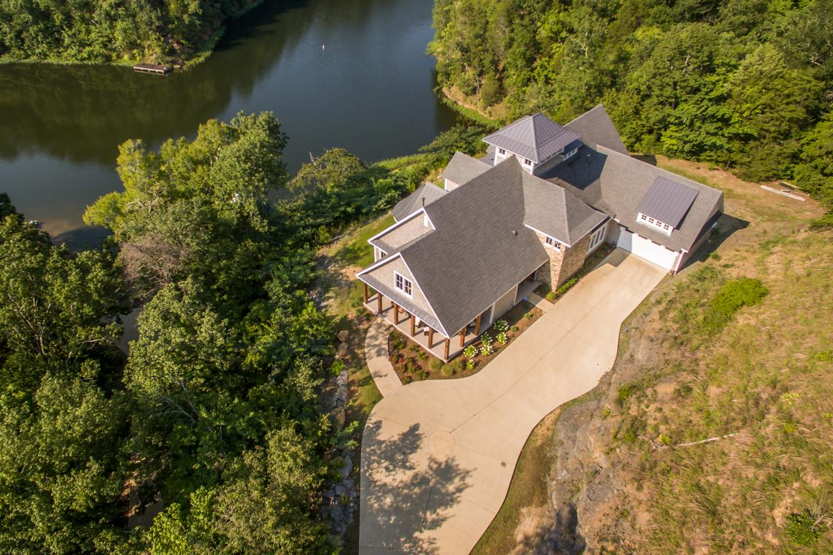 Luxury homes 11239 Sexton Bend Road