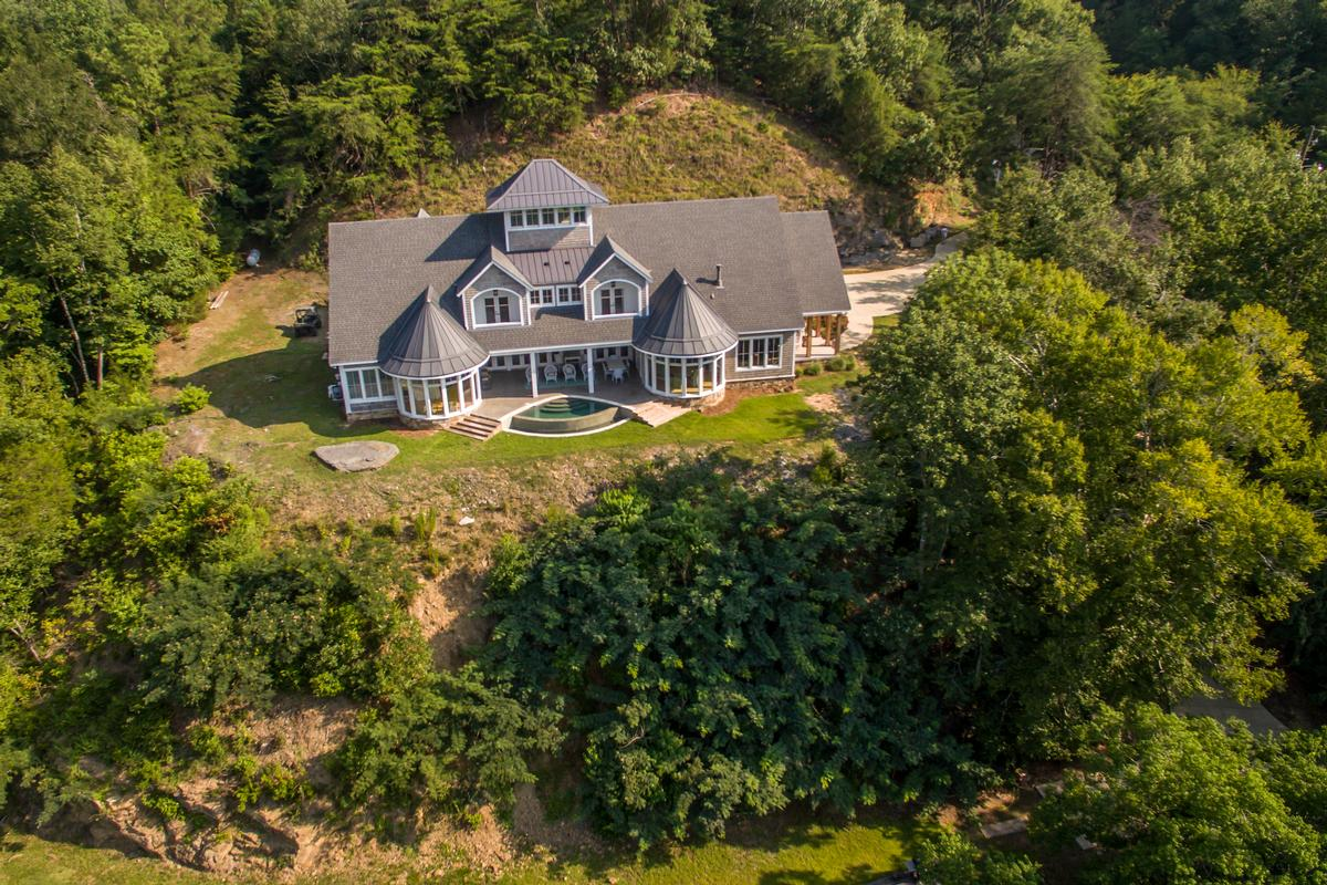 11239 Sexton Bend Road luxury properties