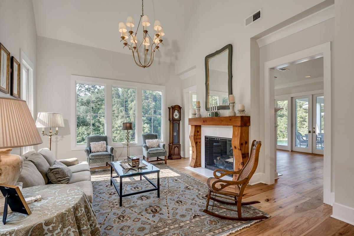 Luxury real estate 11239 Sexton Bend Road