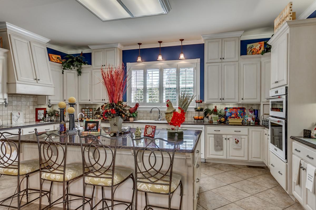 15701 Capstone Blvd luxury homes