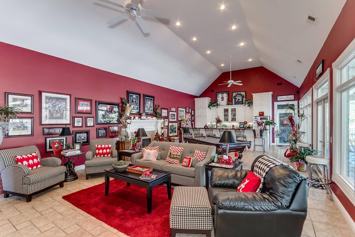 Luxury homes in 15701 Capstone Blvd