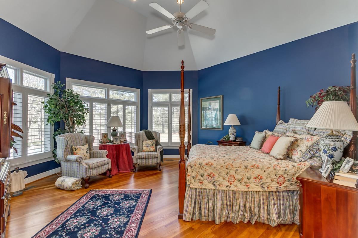 15701 Capstone Blvd luxury properties