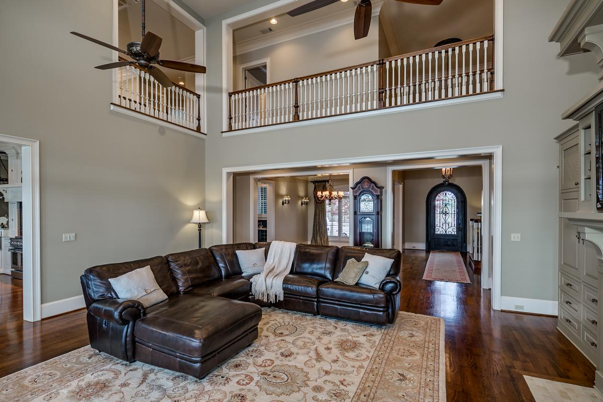 Mansions in Tuscaloosa luxury living at its best