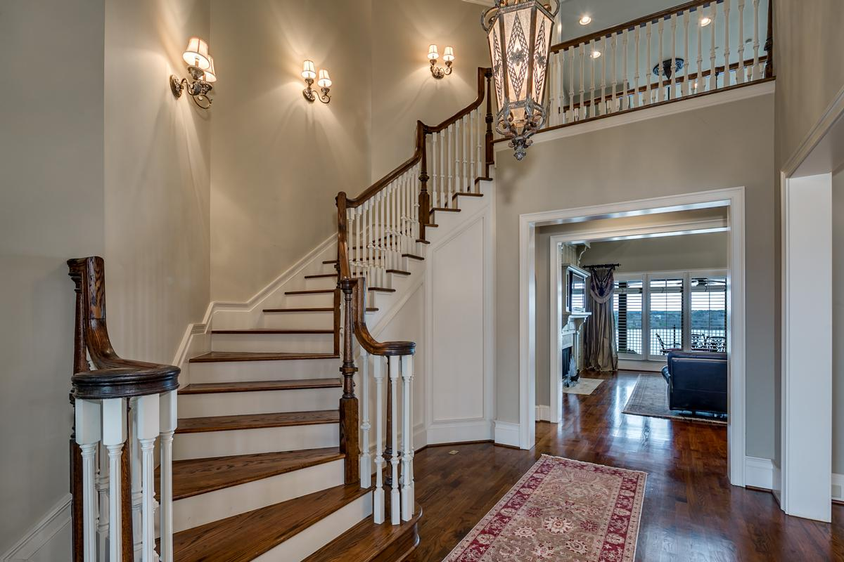 Luxury real estate Tuscaloosa luxury living at its best