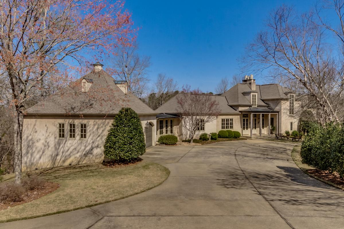 6841 Cutter Court mansions