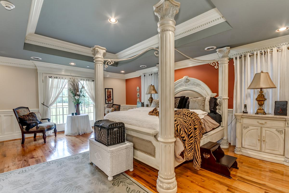 Luxury real estate Shephard Park Road