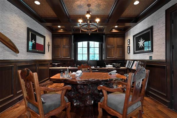 Luxury real estate majestic home in Piney Point Village