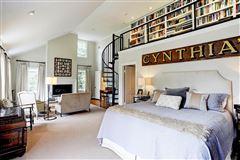 vintage home overlooking Del Monte Park luxury homes