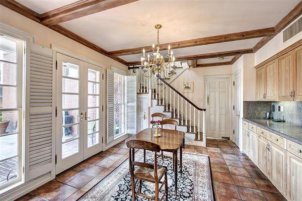 Iconic 1950s Georgian Mansion Texas Luxury Homes