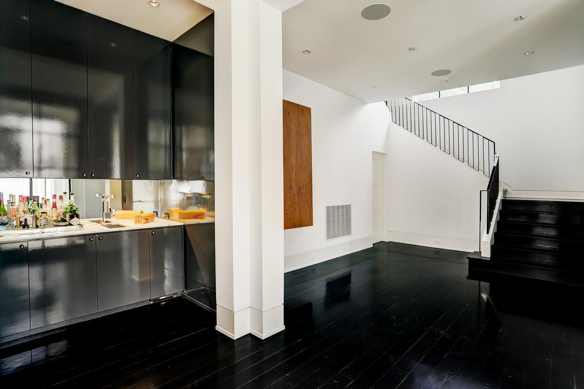 5330 Cherokee luxury properties