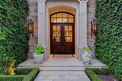 Luxury properties European ambiance in a luxuriously-appointed setting