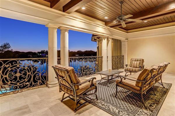 Exquisite custom waterfront estate luxury properties