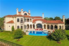 Exquisite custom waterfront estate luxury homes
