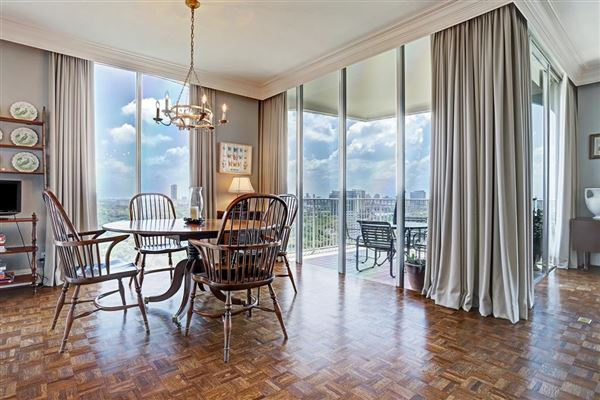 prestigious 15th floor residence luxury homes
