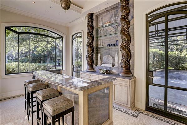 Luxury properties gorgeous one-of-a-kind property