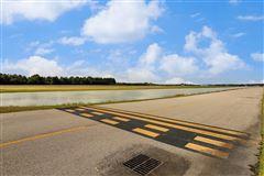 custom hangar house - finest in aviation lifestyle luxury properties