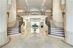 sprawling mansion in desirable Rivercrest luxury real estate