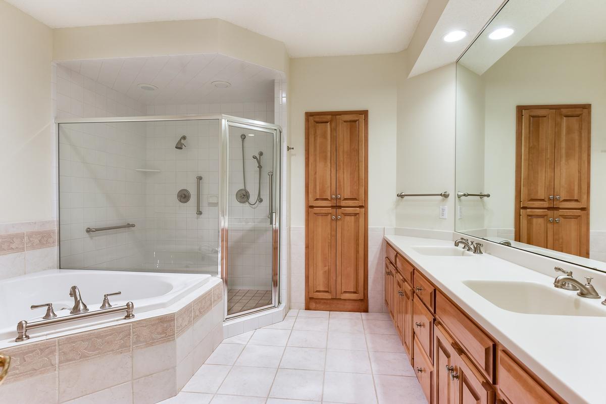 Waycliffe on Gleason Lake luxury real estate