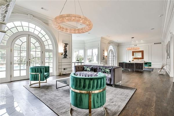 eight-acre Equestrian Estate on the Chattahoochee River mansions