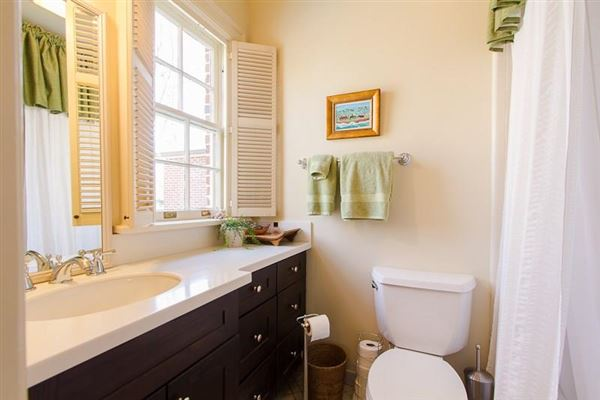 remodeled Historic Brookhaven home mansions