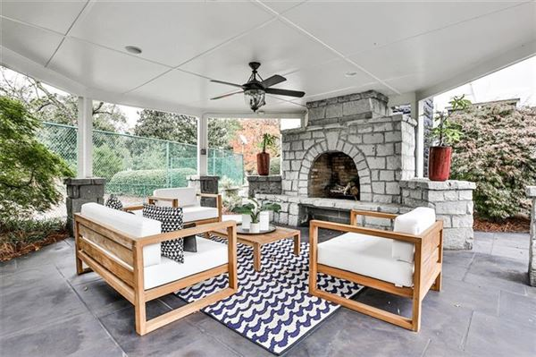 Luxury homes in eight acre Equestrian Estate on the Chattahoochee River