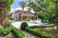 Mansions in a magnificent estate in premier tuxedo park