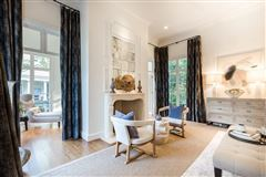 Extraordinary French Pavilion Neoclassical Manor luxury homes