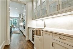 Luxury homes in new construction in Historic Brookhaven