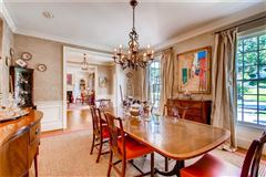 Beautiful Buckhead classic in atlanta mansions