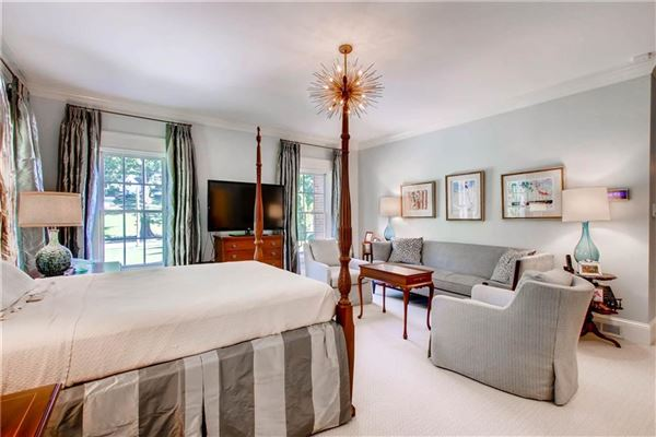 Luxury homes Beautiful Buckhead classic in atlanta