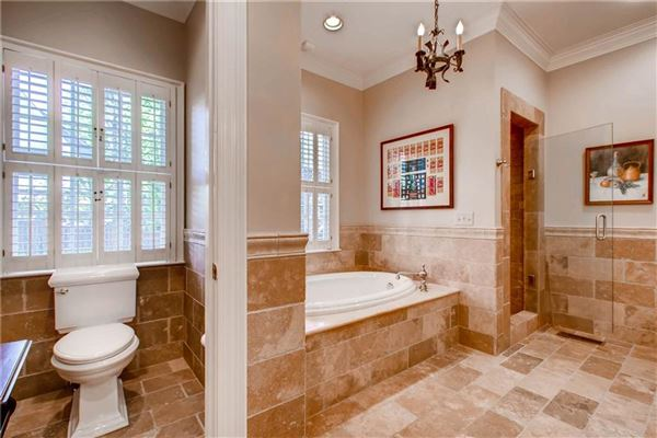 Luxury homes in Beautiful Buckhead classic in atlanta