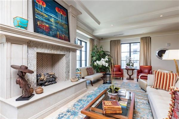 one-of-a-kind residence above the St Regis Atlanta Hotel luxury properties