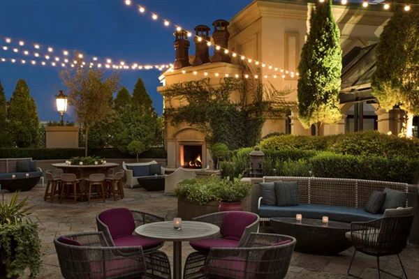 Mansions one-of-a-kind residence above the St Regis Atlanta Hotel