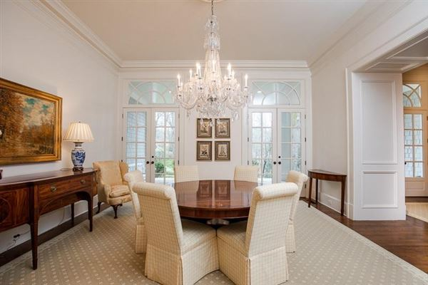 amazing Spitzmiller and Norris designed home luxury homes