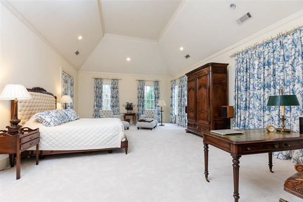 Luxury homes  amazing Spitzmiller and Norris designed home