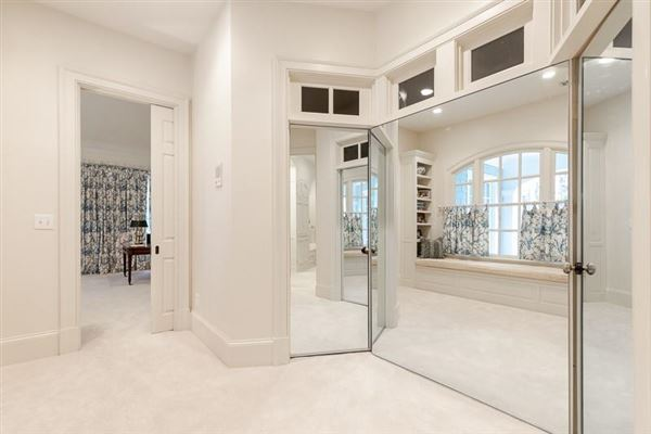 amazing Spitzmiller and Norris designed home luxury real estate