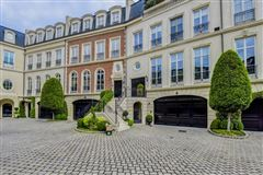 Mansions in townhome Modeled after Place de vogue in Paris
