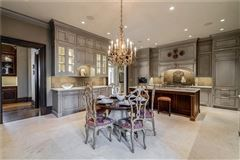 White Oaks - exceptional gated estate luxury properties