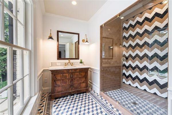 Tuxedo Park gem with a fresh look luxury homes